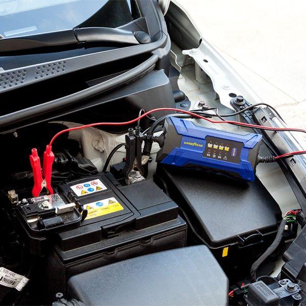 Goodyear intelligentes Batterieladegerät (2 Ampere)