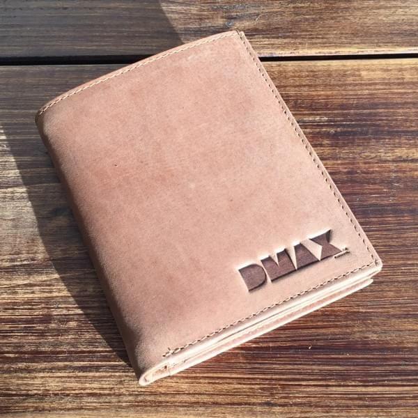 DMAX Geldbörse im Hochformat aus Hunterleder