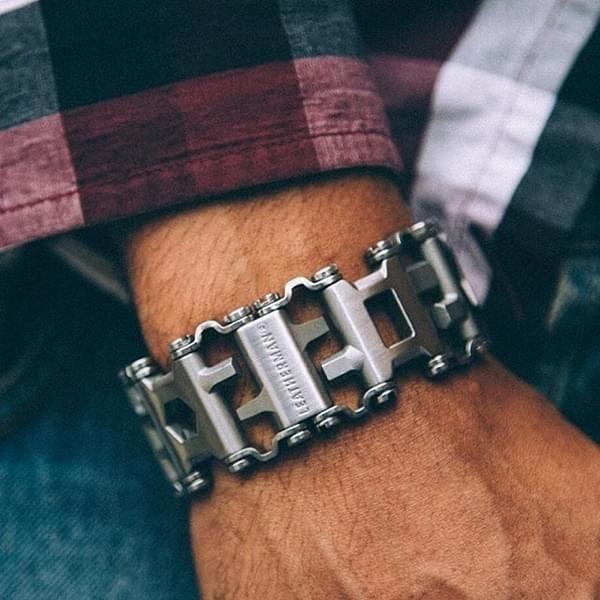 Leatherman Armband mit 29 Werkzeugen