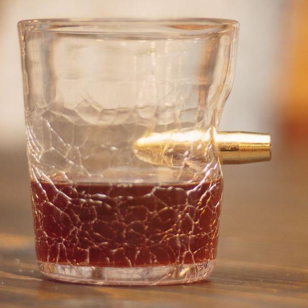 """Trinkglas """"Schusswechsel"""""""