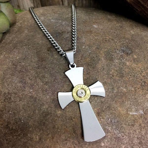 Halskette mit Anhänger und .223 Remington Patrone