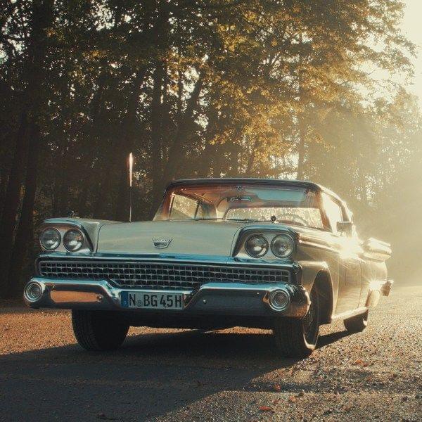 Ford Fairlane Cabrio mieten